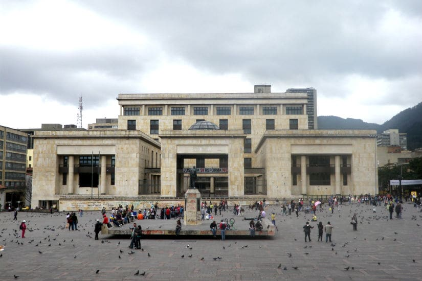 Passear pelo bairro de La Candelaria em Bogotá