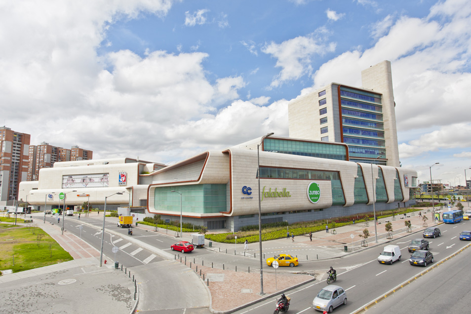 Shopping Titan plaza