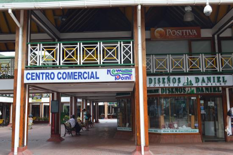 Centro Comercial New Point em San Andrés