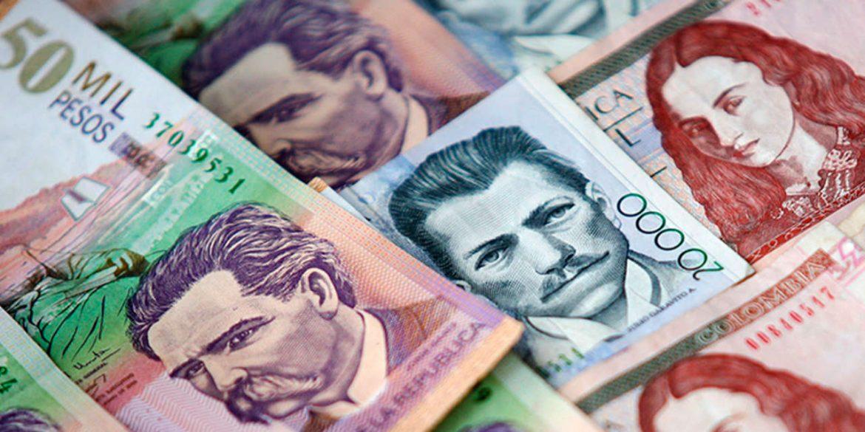 Dinheiro vivo e pesos colombianos em espécie