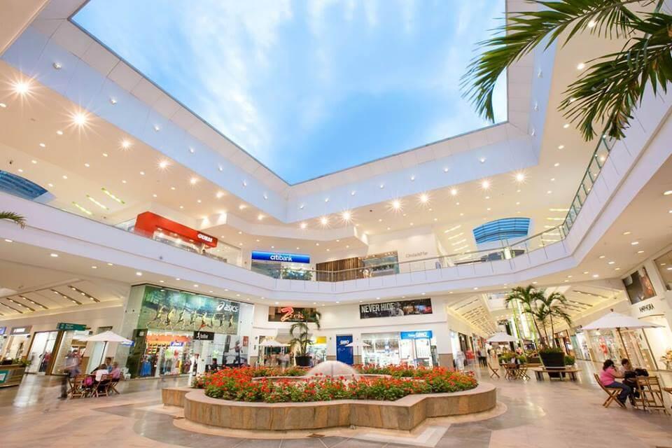 Shopping Premium Plaza em Medellín