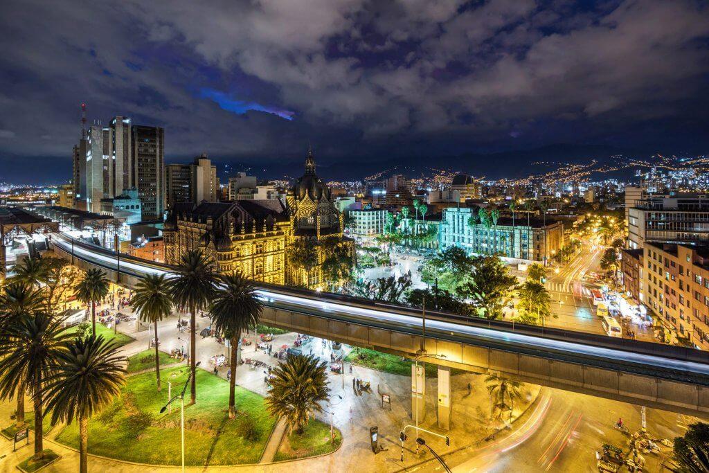Noite em Medellín