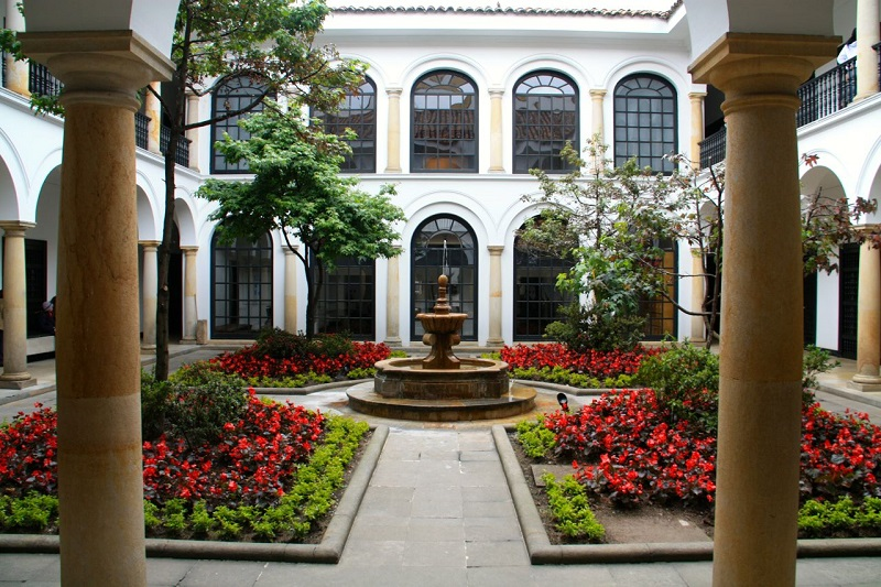 Jardim do Museu Botero em Bogotá
