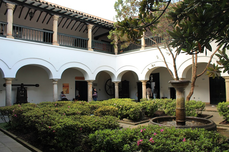 Jardim na Casa da Moeda em Bogotá
